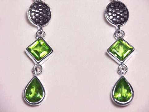 Large Image of perj298_peridot-earrings