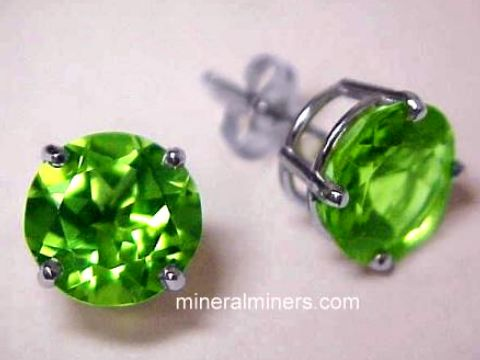 Large Image of perj303a_peridot-earrings