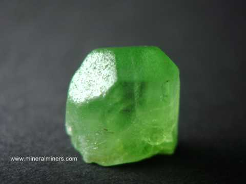 Large Image of perm305_peridot-crystal