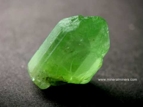 Large Image of perm306_peridot-crystal