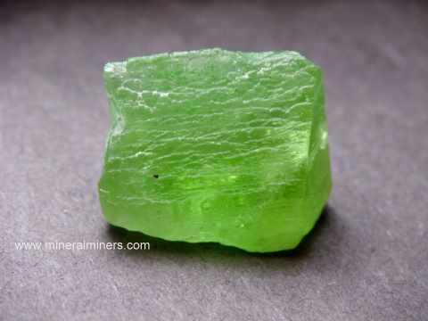 Large Image of perm318_peridot-crystal