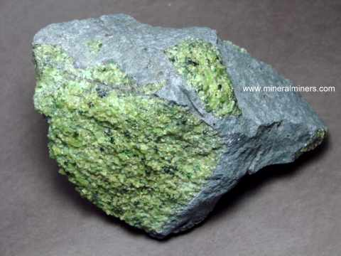 Large Image of perm288_peridot-mineral-specimen