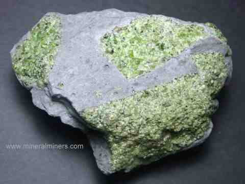 Large Image of perm326_peridot-mineral-specimen