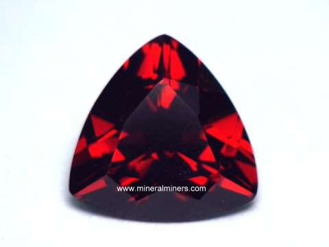 Large Image of pyrg101a-pyrope-gemstone