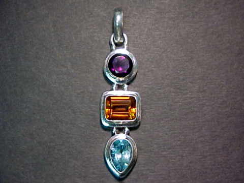 Large Image of topj112x_blue-topaz-jewelry