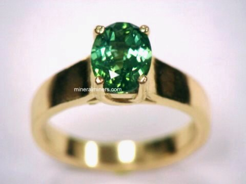Large Image of tgrj241_green-tourmaline-ring