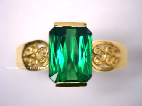 Large Image of tgrj282_green-tourmaline-ring
