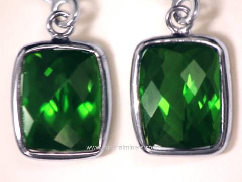 Large Image of tgrj303_green-tourmaline-earrings