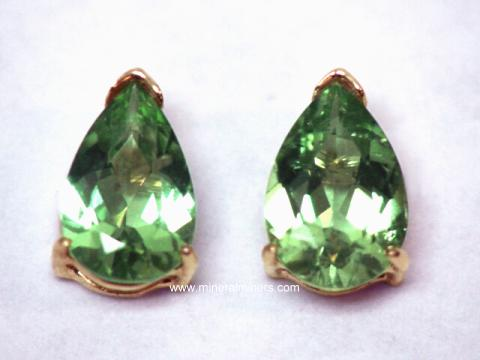 Large Image of tgrj308_green-tourmaline-earrings