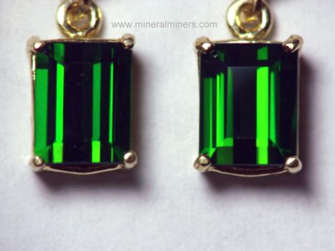 Large Image of tgrj343a_green-tourmaline-earrings