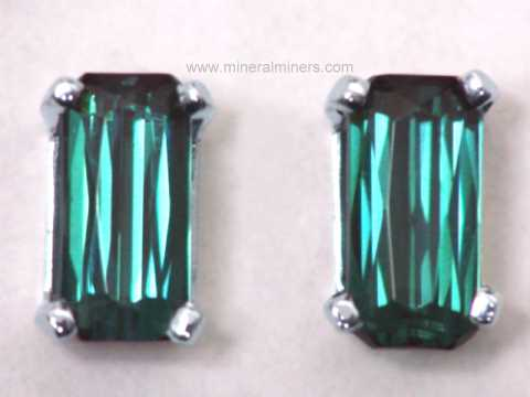 Large Image of tgrj346_green-tourmaline-earrings