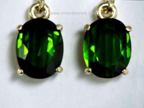 Large Image of tgrj376_green-tourmaline-earrings