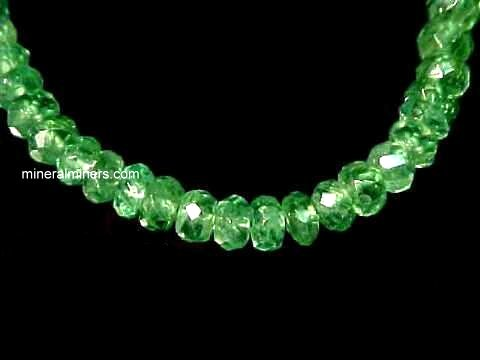 Large Image of tsvj101a_green-garnet-necklace