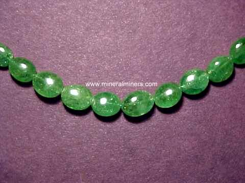 Large Image of tsvj160_tsavorite-garnet-necklace
